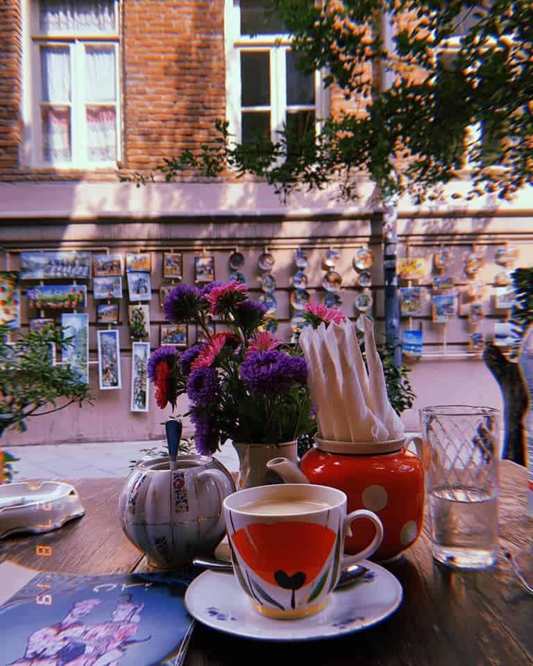 cafe Leila Tbilisi terras